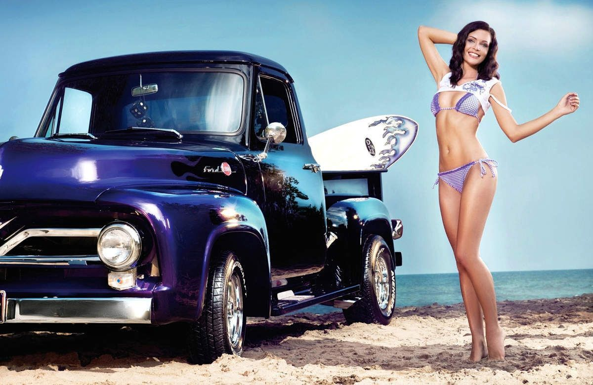 ob_9a8c75_voiture-collection-plage-fille-bikini